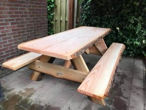 Picknicktafel boomschors