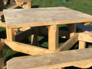 stevige vierkante picknicktafel