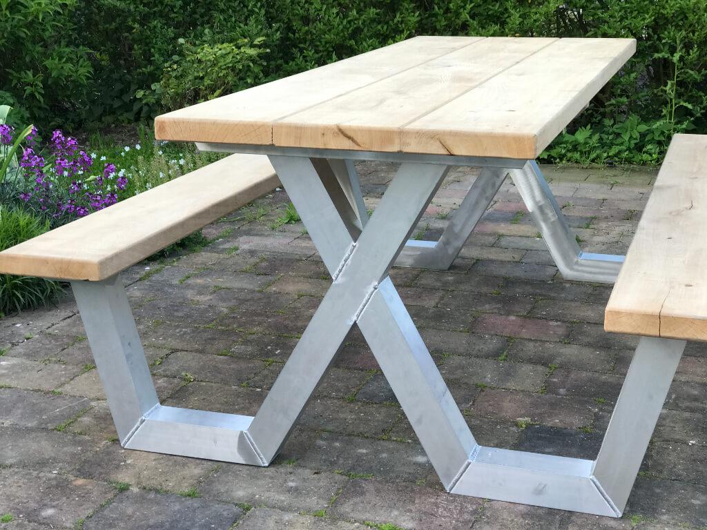 Aluminium picknicktafel met eiken tafelblad
